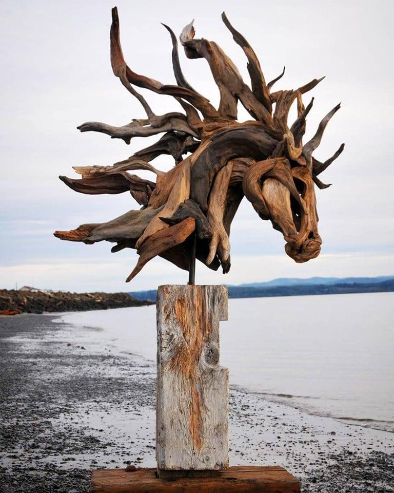 64698134 1128502457336878 4780429622720331776 n - Художник из Вашингтона создаёт скульптуры из сухих деревяшек, от которых дух захватывает