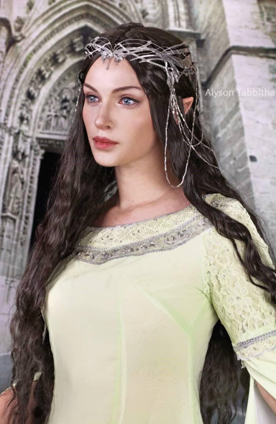alysontabbitha 65771748 564257227438570 1427054765346601807 n - Девушка один в один повторяет образы знаменитых персонажей, на которых похожа меньше всего