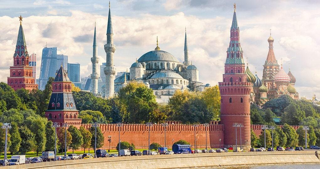 bd68fb59677683 5a2ad561284d4 - Москамбул и Дубариж: художники объединили столицы и показали, как они выглядели бы в реальности