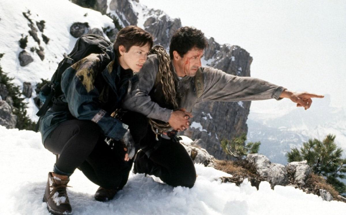 cliffhanger 03 1 - ТОП-10 лучших фильмов Сильвестра Сталлоне, который по-прежнему неплохо держит удар