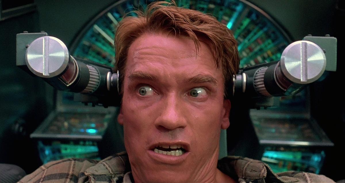total recall - ТОП-10 лучших фильмов Арнольда Шварцнеггера: настоящего супергероя без каких-либо плащей