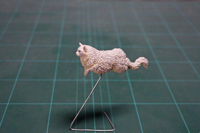 1564993787 ffe96c9b65392e0c597c458a9f9f0c84 - 20 работ от японца, который превращает мемных животных в смешные фигурки