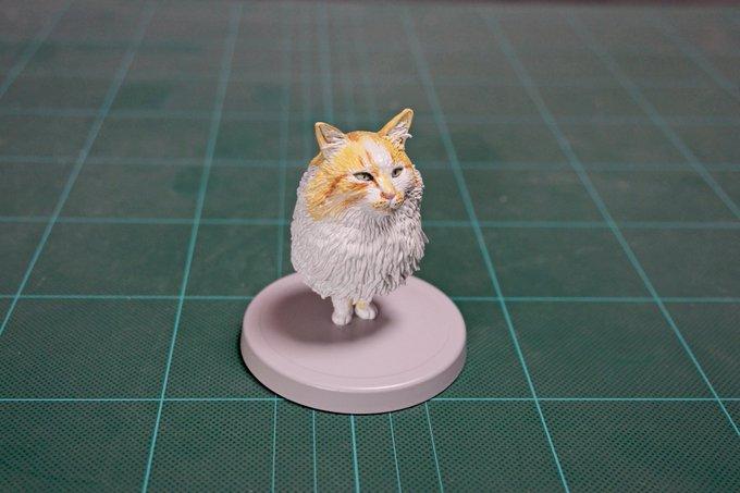 1564993831 e5e291fbcde09dcc87053019c49f4935 - 20 работ от японца, который превращает мемных животных в смешные фигурки