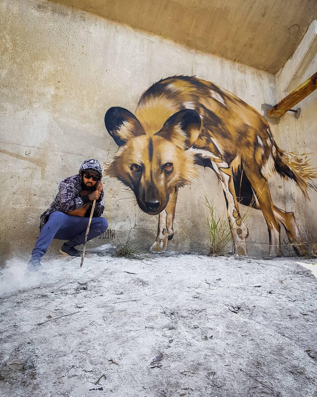 1565697707 0096586e19c438ad62e34754ba12090f - 20 работ художника, который превращает невзрачные стены в невероятно реалистичные 3D-граффити