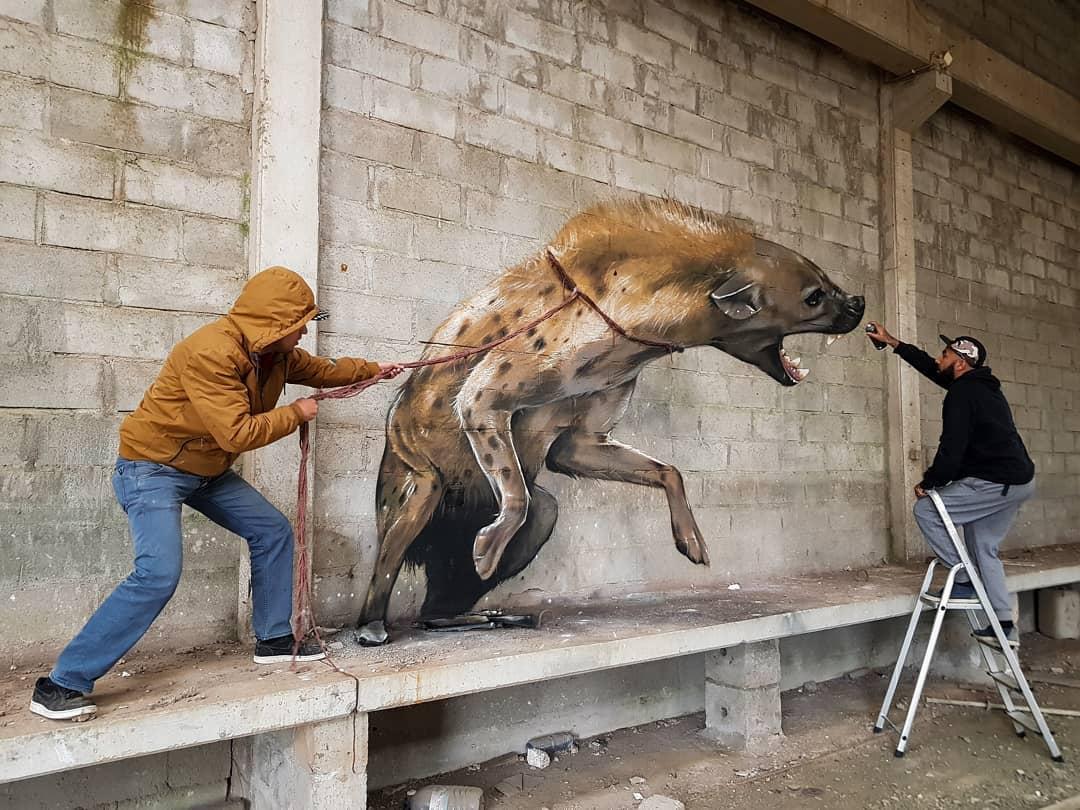 1565697709 fcfc12e0bbcbfdfe7cee494f3353ac39 - 20 работ художника, который превращает невзрачные стены в невероятно реалистичные 3D-граффити