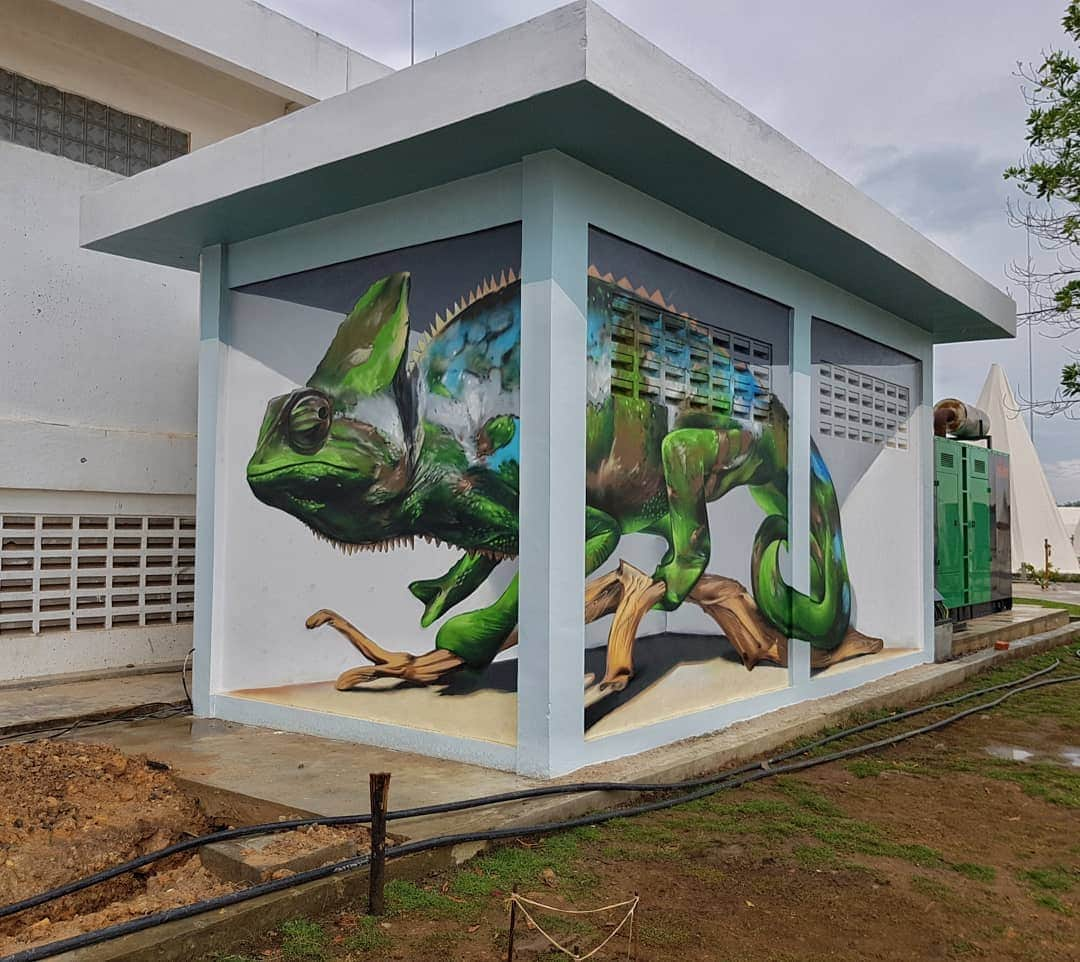 1565697713 d3b5fbd773fed46aa2175a6333a4c6e2 - 20 работ художника, который превращает невзрачные стены в невероятно реалистичные 3D-граффити