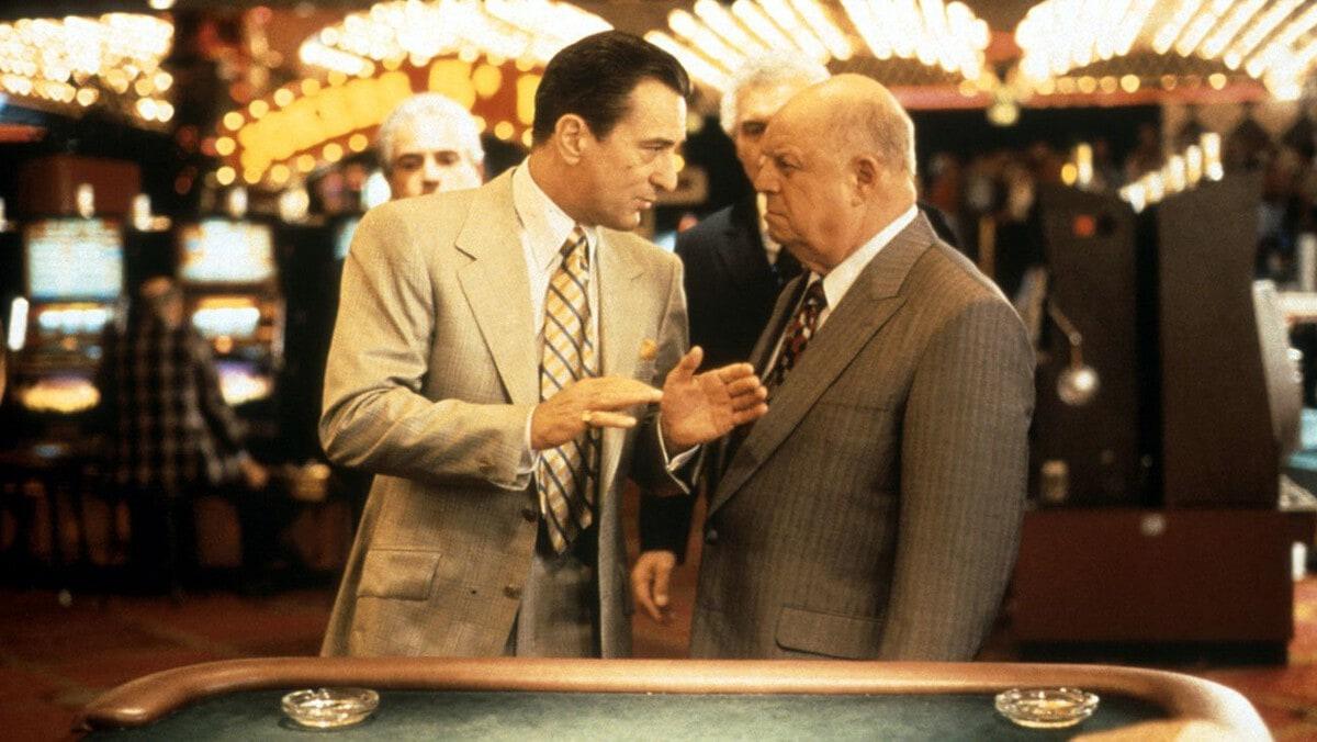 1565962429 49937b441dd1a1a5031a6aa118aad736 - ТОП-10 лучших фильмов Роберта Де Ниро: харизматичного гангстера и просто отвязного парня