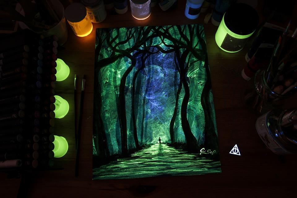 1566887336 2373cce638c810b42c691fddf2eb6ad0 - 20 рисунков итальянского художника, которые оживают, когда выключается свет
