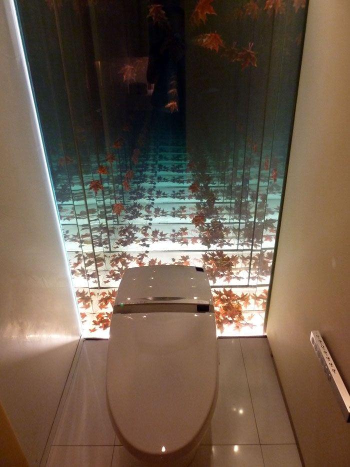 Картинки по запросу infinity mirror bathroom