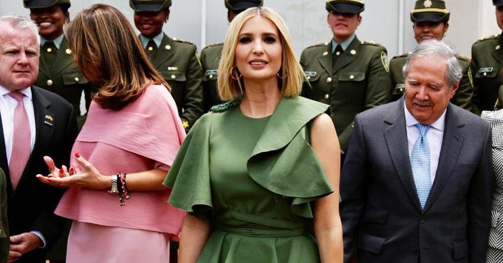 Над платьем Иванки Трамп пошутил ветер. Теперь его сравнивают с ящерицей, капустой и кувшинкой