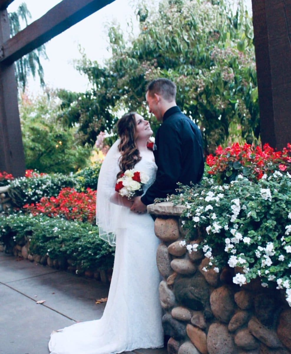 1571994540 0d6d9557f8e2df665379db71cd67b4a3 - Невеста случайно скинула фото платья мечты незнакомке. И именно эта ошибка позволила ей его купить!
