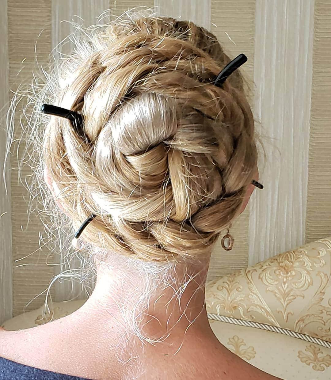 1577108844 8f5dcbc021251d72f85236a96cc912c9 - Украинка отрастила волосы длиной в 1.8 метра и рассказала, как живётся Рапунцель в современном мире