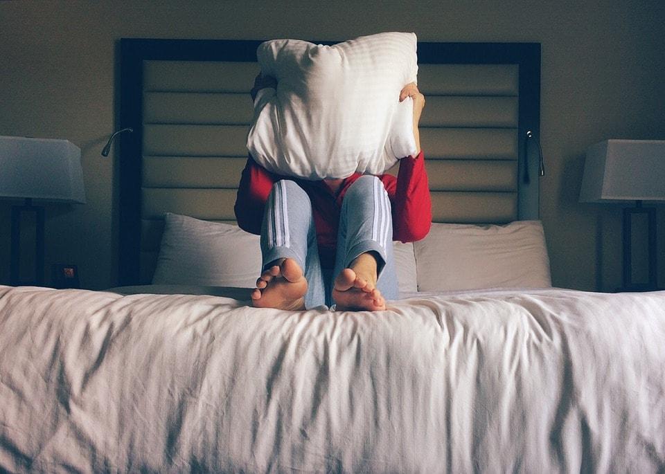 Лица, Кровать, Отель, Подушка