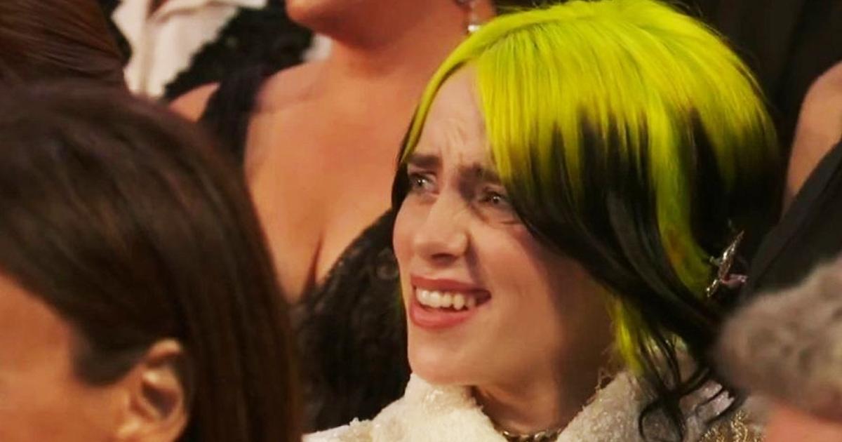 Певица Билли Айлиш не смогла скрыть эмоции на Оскаре и попала в мемы — ведь её недоумение знакомо всем