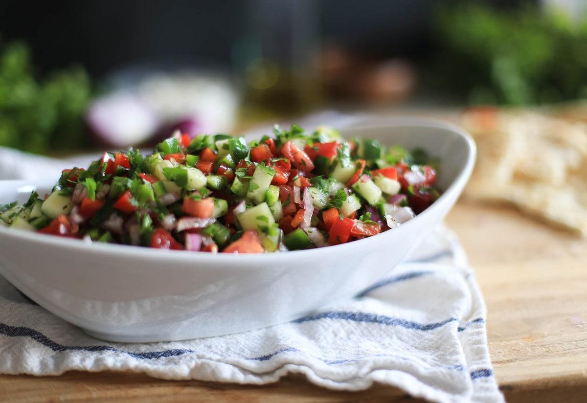 Постные салаты на праздничный стол - последнее веенье в современной кулинарии: рецепты с фото и видео