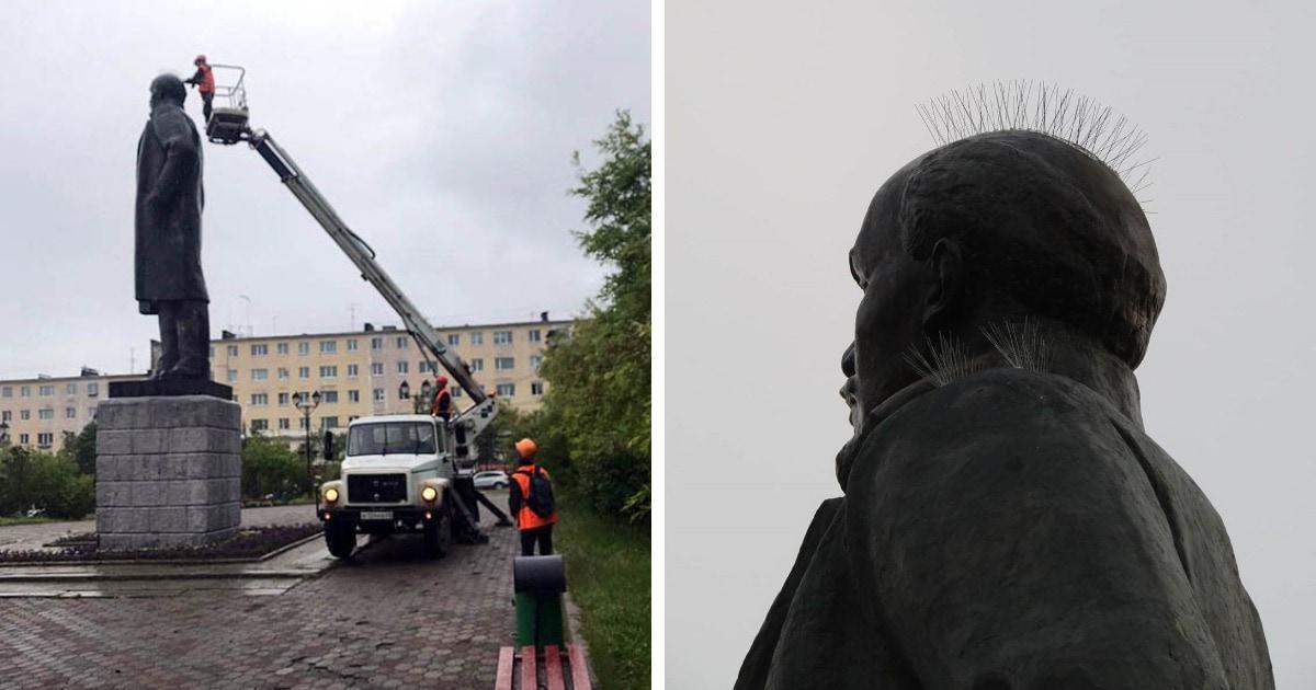 На памятнике Ленину в Магадане установили шипы для отпугивания птиц. В результате вождь стал похож на панка