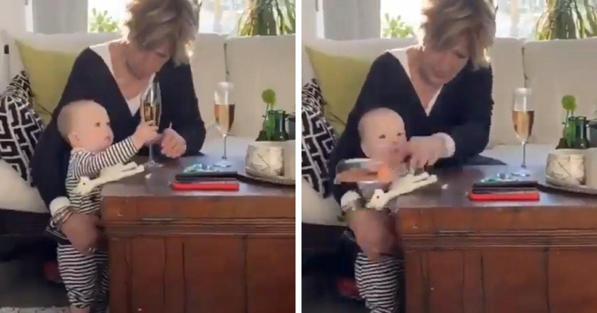 В сети завирусилось видео, где малыш роняет бокал и падает сам. И приоритеты бабушки-спасателя оценили многие