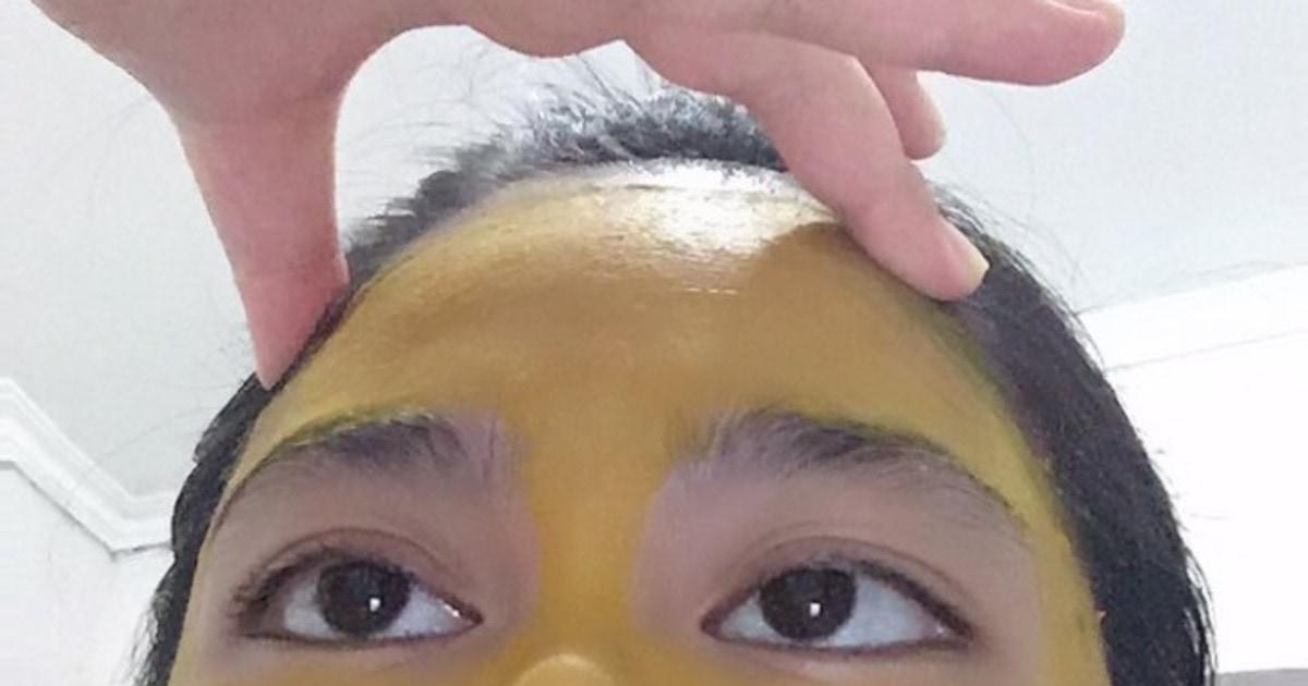 Девушка решила сделать маску из куркумы, но потерпела бьюти-провал. Вместо принцессы она превратилась в тыкву