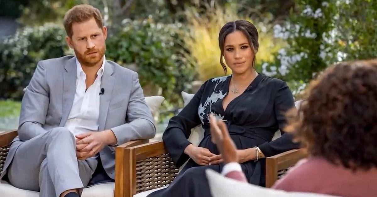 Принц Гарри и Меган Маркл дали интервью, и оно тут же стало мемом. В сети шутят, что оно разрушит монархию